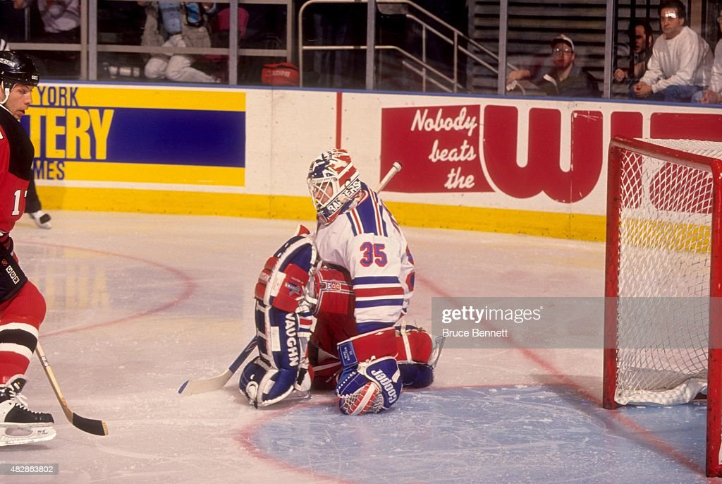 1994 Eastern Conference Finals - Game 1:  New Jersey Devils v New York Rangers : News Photo