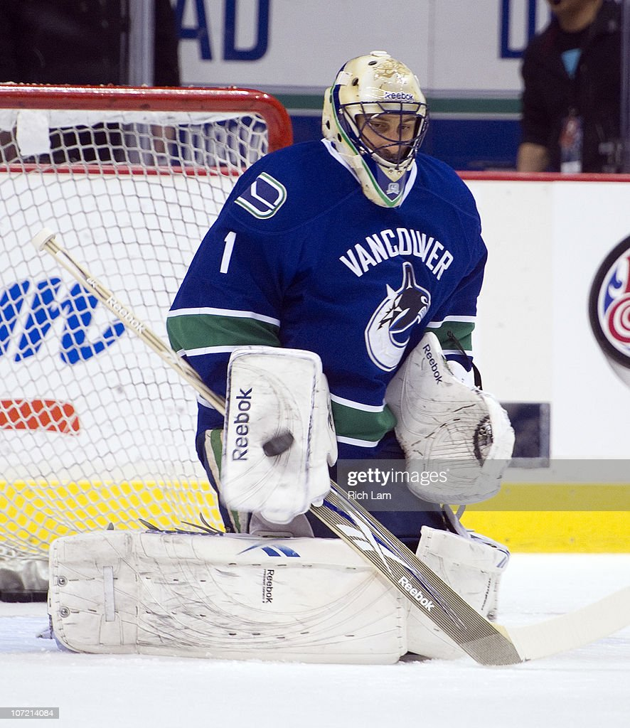 Goalie Roberto Luongo Of The Vancouver Canucks Makes A Save During