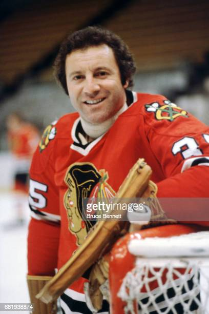 Goalie Tony Esposito of the Chicago Blackhawks poses for a portrait circa 1980