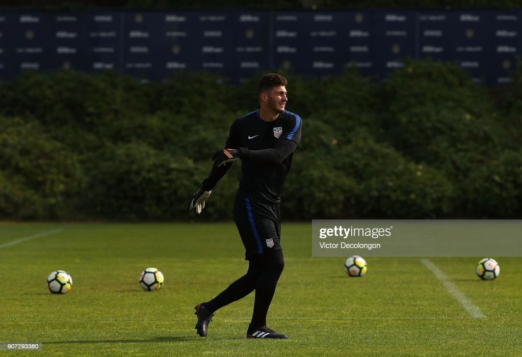 Goalkeeper Alex Bono of the U.S. Men's National Soccer Team warms up during training at StubHub Center on January 19, 2018 in Carson, California.