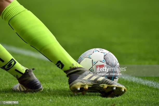 Goalkeeper Alexander Meyer of Regensburg kicks the ball during the Second Bundesliga match between SSV Jahn Regensburg and SV Darmstadt 98 at...