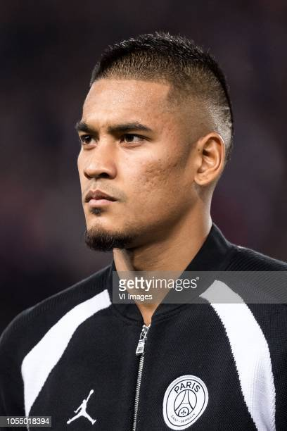goalkeeper Alphonse Areola of Paris SaintGermain during the UEFA Champions League group C match between Paris St Germain and SSC Napoli at the Parc...