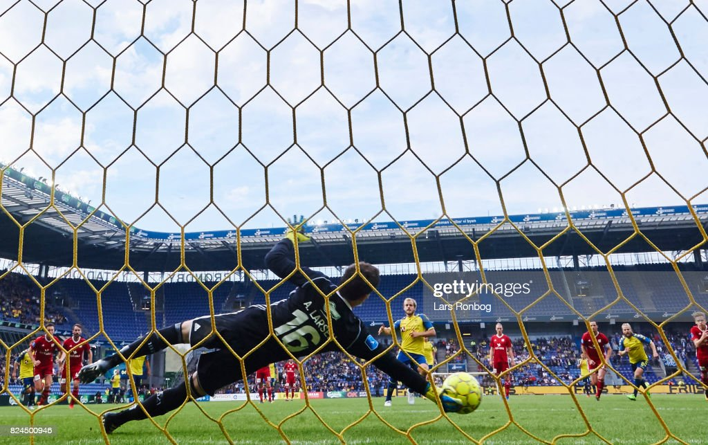 Brondby IF vs Lyngby BK - Danish Alka Superliga : News Photo