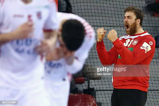 Goalkeeper Andreas Wolff of Germany celebrates after a save during the 25th IHF Men's World Championship 2017 match between Germany and Croatia at...
