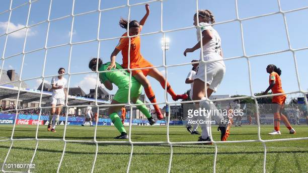 New Zealand assistant coach Gemma Lewis prior to the FIFA U20 Women's World Cup France 2018 group A match between New Zealand and Netherlands at...