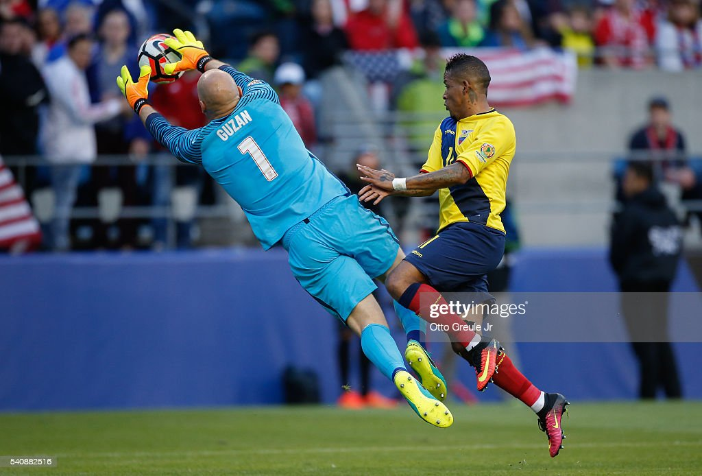 Goalkeeper Brad Guzan #1 of the United States battles Michael Arroyo #11 of Ecuador during the 2016 Quarterfinal - Copa America Centenario match at CenturyLink Field on June 16, 2016 in Seattle, Washington.