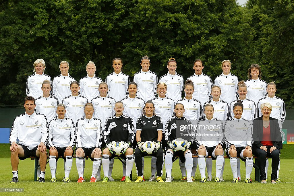 Team Presentation, Press Conference & Training - Women's International