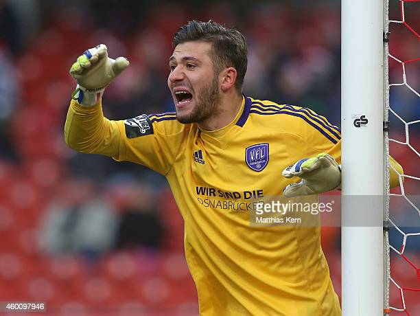 Goalkeeper Daniel Heuer Fernandes of Osnabrueck gestures during the third league match between FC Energie Cottbus and VFL Osnabrueck at Stadion der...