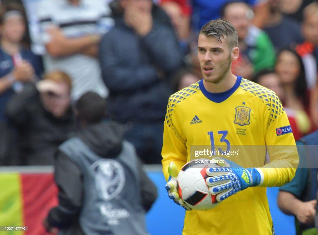 fbc1c593c Goalkeeper David de Gea of Spain reacts during the UEFA EURO 2016 ...