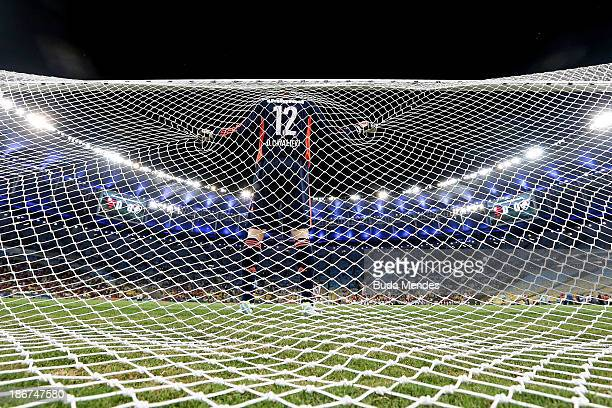 Goalkeeper Diego Cavalieri of Fluminense before start the match between Flamengo and Fluminense as part of Brazilian Serie A 2013 at Maracana Stadium...