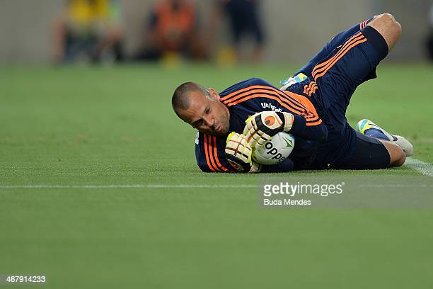 Goalkeeper Diego Cavalieri of Fluminense in action during a match between Flamengo and Fluminense as part of Carioca 2014 at Maracana Stadium on...
