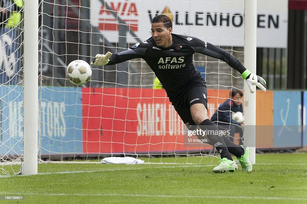 (goalkeeper Esteban Alvarado Brown of AZ during the Dutch Eredivisie match between Willem II and AZ Alkmaar on May 12, 2013 at the Koning Willem II stadium in Tilburg, The Netherlands.