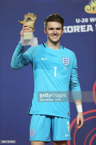 Goalkeeper Freddie Woodman of England poses with the Golden Glove Award after the FIFA U20 World Cup Korea Republic 2017 Final between Venezuela and...