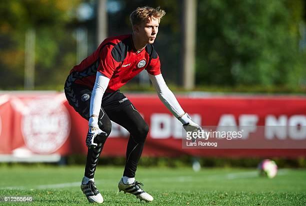 Goalkeeper Frederik Rønnow in action during the Denmark training session at Helsingor Stadion on October 4 2016 in Helsingor Denmark