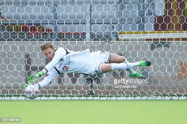 Goalkeeper Frederik Ronnow of Brondby IF in action during the Danish Alka Superliga match between FC Nordsjalland and Brondby IF at Right to Dream...