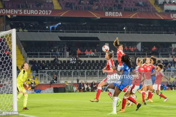 goalkeeper Gaelle Thalmann of Switzerland women Rahel Kiwic of Switzerland women Griedge Mbock Bathy Nka of France womenAnaMaria Crnogorcevic of...