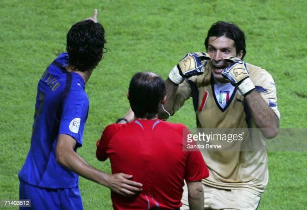 Goalkeeper Gianluigi Buffon of Italy confronts Referee Horacio Elizondo of Argentina after Zinedine Zidane of France headbutted Marco Materazzi of...