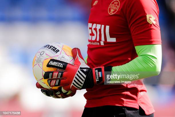 Goalkeeper gloves Aviata from Mattijs Branderhorst of Willem II during the Dutch Eredivisie match between Willem II v Feyenoord at the Koning Willem...