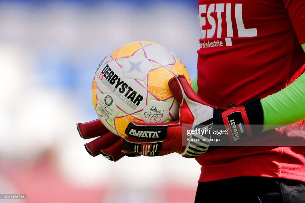 online store 18452 1d0b4 Willem II v Feyenoord - Dutch Eredivisie   News Photo