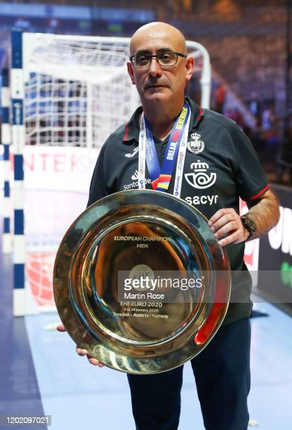 Goalkeeper Gonzalo Perez de Vargas Moreno of Spain poses with the trophy following his team's victory in the Men's EHF EURO 2020 final match between...