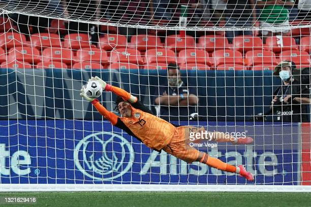 Goalkeeper Guillerno Ochoa stops the last shot during penalties in the CONCACAF Nations Leagues semifinals between Mexico and Costa Rica at Empower...