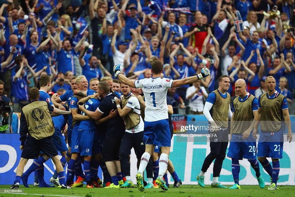 Goalkeeper Hannes Halldorsson of Iceland and team mates celebrate after the UEFA EURO 2016 Group F match between Iceland and Austria at Stade de France on June 22, 2016 in Paris, France.