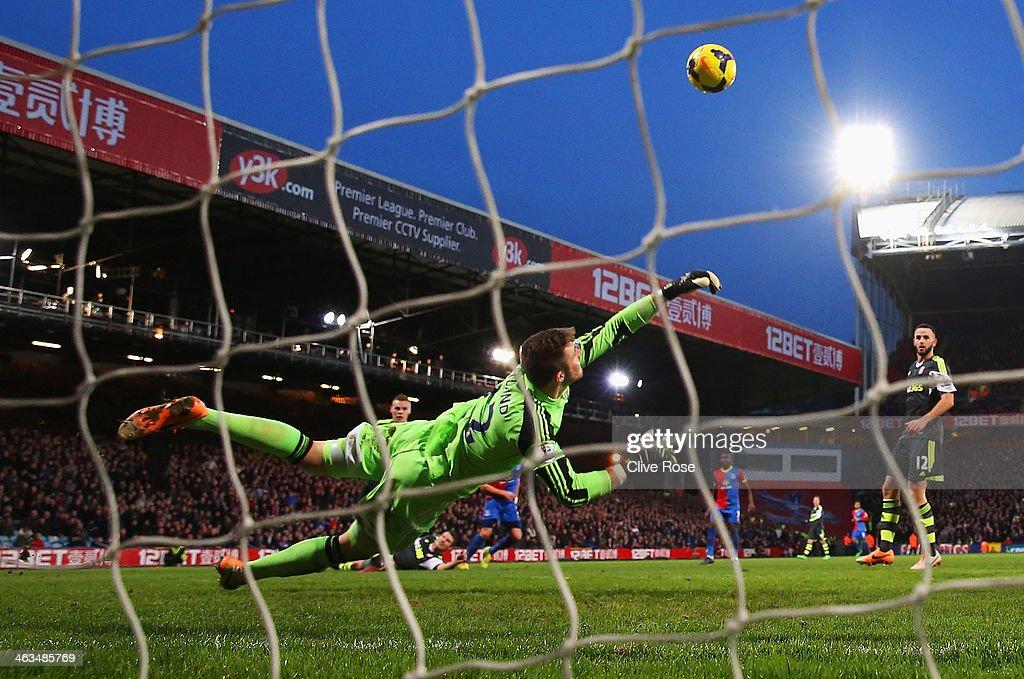 Crystal Palace v Stoke City - Premier League : News Photo