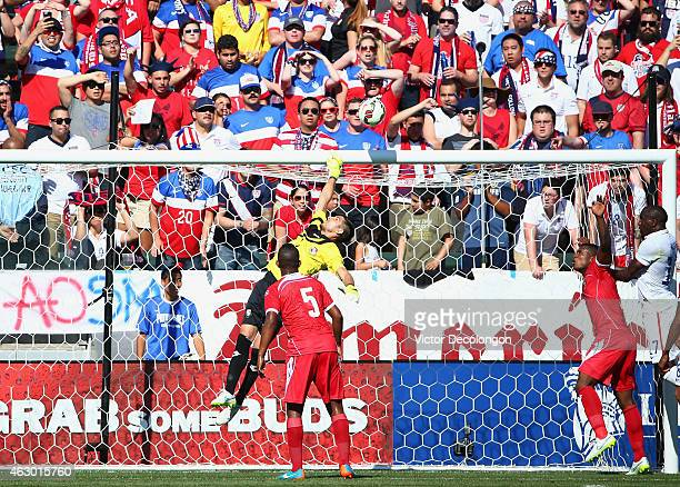 Goalkeeper Jaime Penedo of Panama can't make the save on a corner kick by Michael Bradley of the USA in the first half of their international men's...