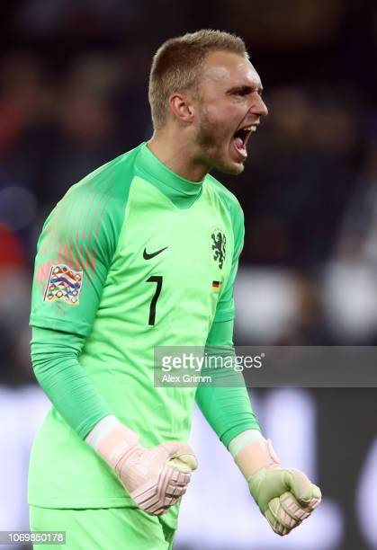 Goalkeeper Jasper Cillessen of Netherlands celebrates after the UEFA Nations League A group one match between Germany and Netherlands at VeltinsArena...