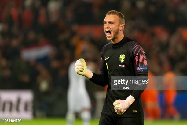 Goalkeeper Jasper Cillessen of Netherlands celebrates during the UEFA Nations League A group one match between Netherlands and France at De Kuip on...