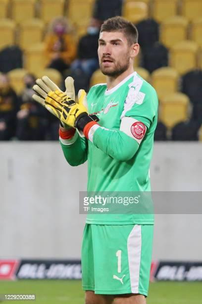 goalkeeper Johannes Brinkies of FSV Zwickau gestures during the 3 Liga match between Dynamo Dresden and FSV Zwickau at RudolfHarbigStadion on October...