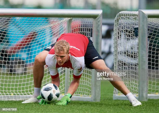 Goalkeeper Jonas Lossl of Denmark in action during the Denmark training session Helsingor Stadion on May 28 2018 in Helsingor Denmark