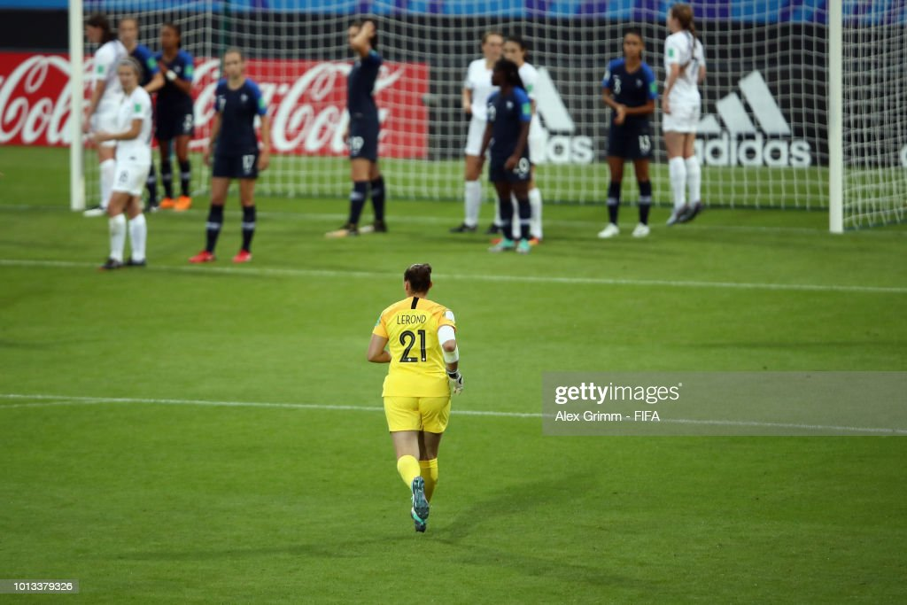 Goalkeeper Justine Lerond of France comes on to replace her team mate Mylene Chavas during the FIFA U-20 Women's World Cup France 2018 group A match between France and New Zealand at Stade de la Rabine on August 8, 2018 in Vannes, France.