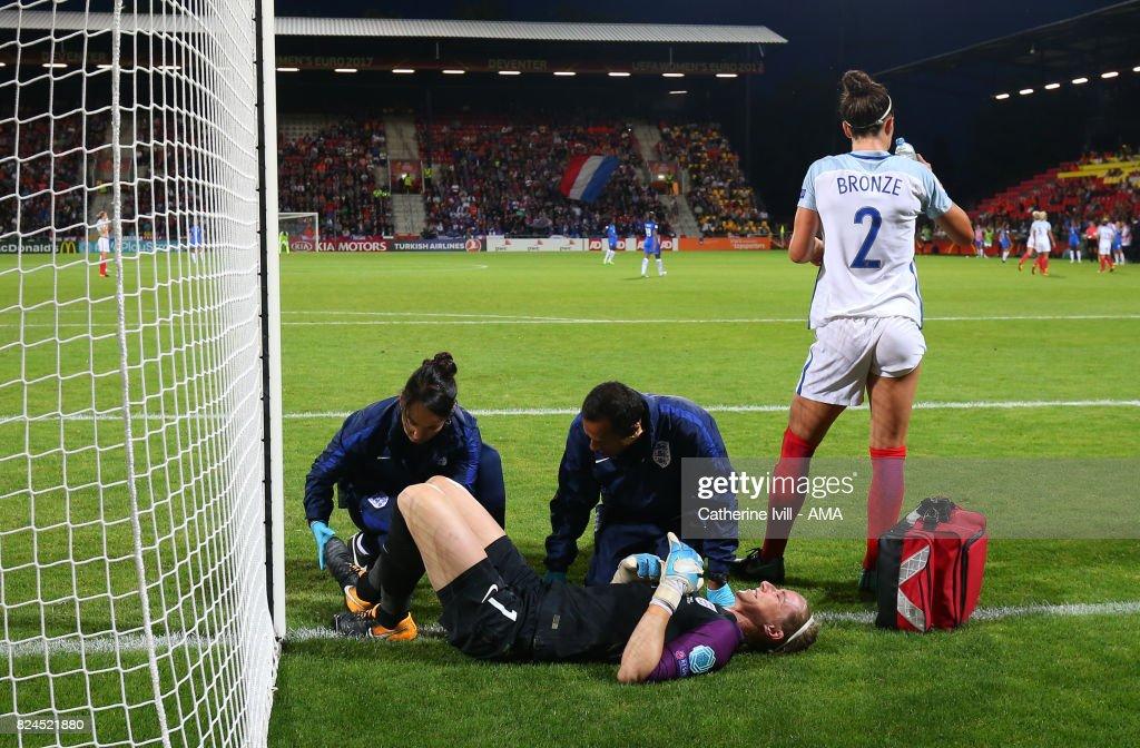 England v France - UEFA Women's Euro 2017: Quarter Final : News Photo