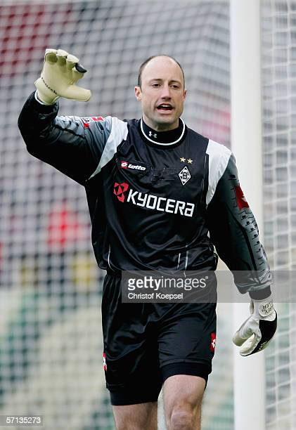 Goalkeeper Kasey Keller of Monchengladbach shouts to his team during the Bundesliga macth between Borussia Monchengladbach and VFB Stuttgart at the...