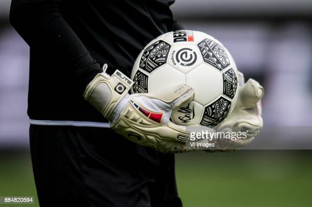 goalkeeper keeper glove gloves ball during the Dutch Eredivisie match between VVV Venlo and AZ Alkmaar at Seacon stadium De Koel on December 03 2017...