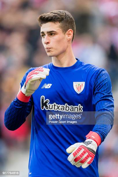 Goalkeeper Kepa Arrizabalaga Revuelta of Athletic Club de Bilbao gestures during the La Liga 201718 match between Atletico de Madrid and Athletic de...