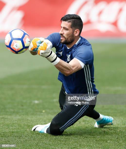 GoalKeeper Kiko Casilla of Real Madrid warms up during a training session at Valdebebas training ground on May 16 2017 in Madrid Spain