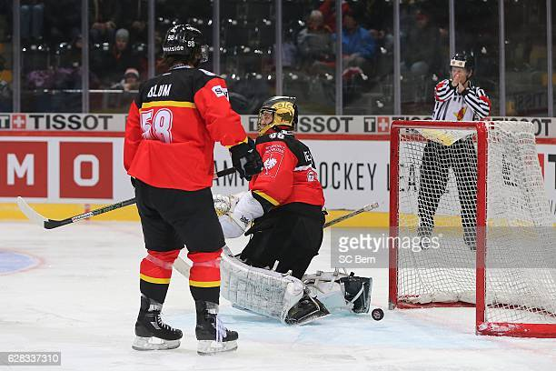 Goalkeeper Leonardo Genoni and Jaroslav Hlinka of Bern react after the 1-1 tying goal of Prague during the Champions Hockey League Quarter Final...