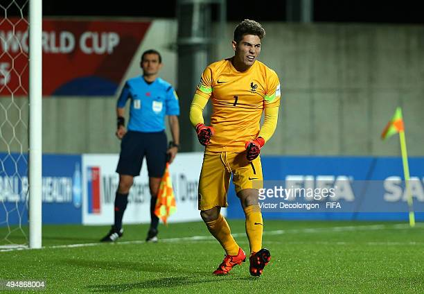 Goalkeeper Luca Zidane of France reacts after failing to stop a shot during the penalty kick shootout in the France v Costa Rica Round of 16 FIFA U17...