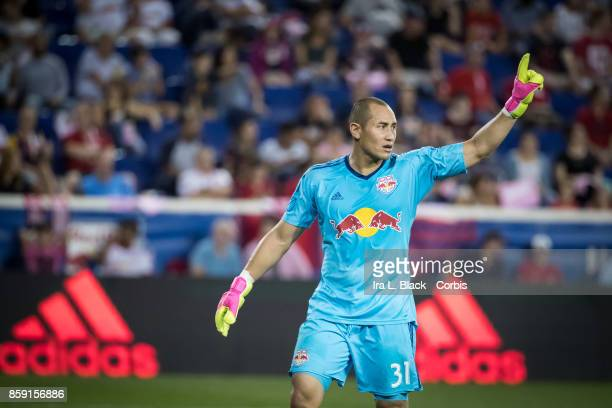 Goalkeeper Luis Robles of New York Red Bulls signals to his team during the MLS match between New York Red Bulls and Vancouver Whitecaps FC at the...