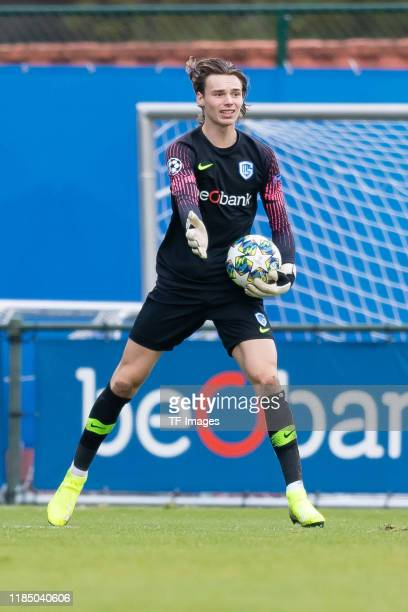 Goalkeeper Maarten Vandevoordt of KRC Genk U19 controls the ball during the UEFA Youth League match between KRC Genk U19 and RB Salzburg U19 on...