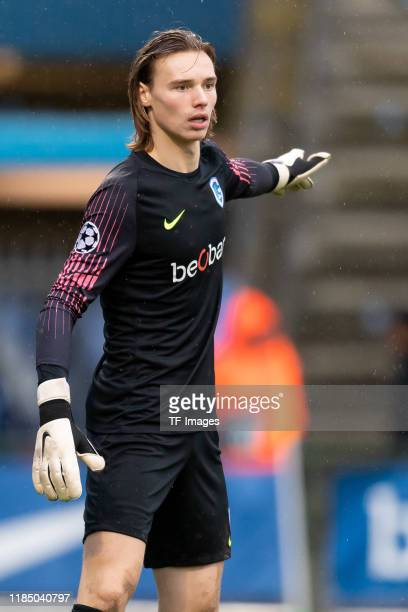 Goalkeeper Maarten Vandevoordt of KRC Genk U19 gestures during the UEFA Youth League match between KRC Genk U19 and RB Salzburg U19 on November 27...
