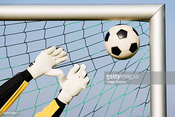 goalkeeper making a save - goalie goalkeeper football soccer keeper stock pictures, royalty-free photos & images