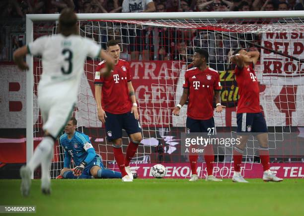 Goalkeeper Manuel Neuer Niklas Suele David Alaba and Thiago of FC Bayern Muenchen react after the second goal of Borussia Moenchengladbach during the...