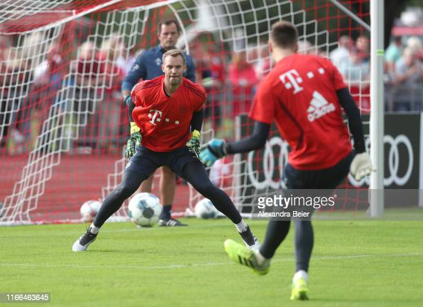 Goalkeeper Manuel Neuer of FC Bayern Muenchen practices during the FC Bayern Muenchen training camp on August 06 2019 in RottachEgern Germany