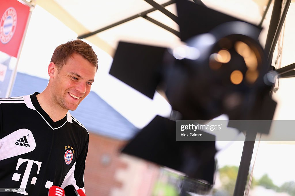 Goalkeeper Manuel Neuer pauses during a Bayern Muenchen press conference at the Grand Heritage Hotel on January 8, 2013 in Doha, Qatar.