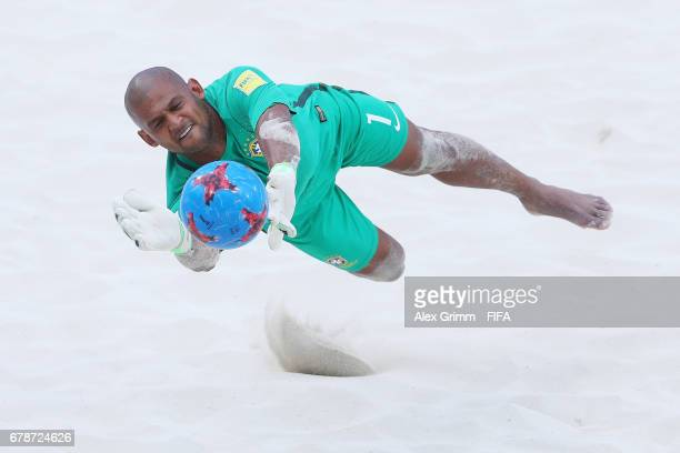 Goalkeeper Mao of Brazil makes a save during the FIFA Beach Soccer World Cup Bahamas 2017 quarter final match between Brazil and Portugal at National...