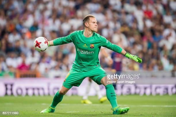 d3e7d42bf14 MADRID SPAIN AUGUST 16 Goalkeeper MarcAndre Ter Stegen of FC Barcelona in  action during their Supercopa