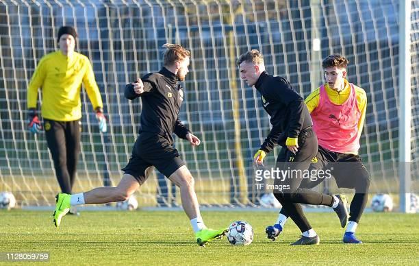 goalkeeper Marwin Hitz of Borussia Dortmund Marcel Schmelzer of Borussia Dortmund Jacob Bruun Larsen of Borussia Dortmund and Leonardo Balerdi of...